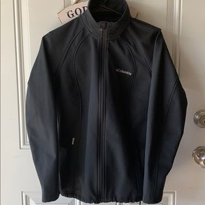 Columbia Soft Shell Windbreaker